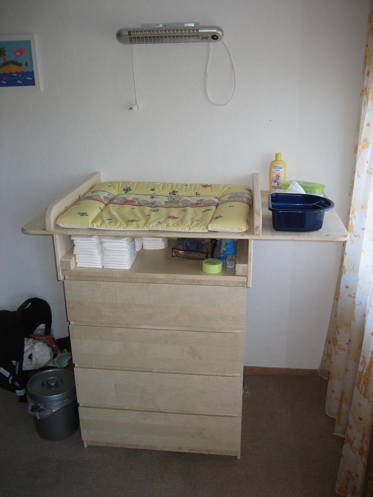 wickeltisch selber bauen wickeltisch selber bauen. Black Bedroom Furniture Sets. Home Design Ideas
